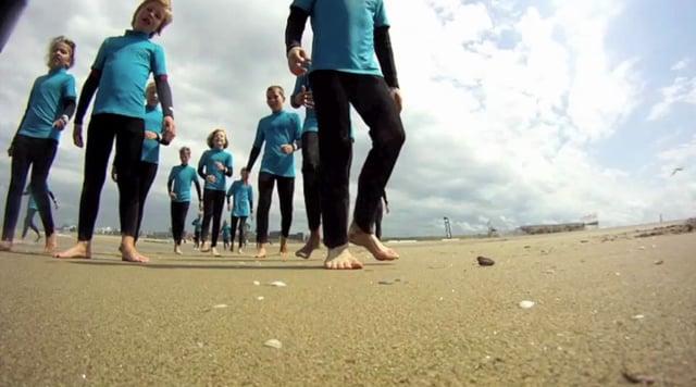 Kinder Parteien (surf)