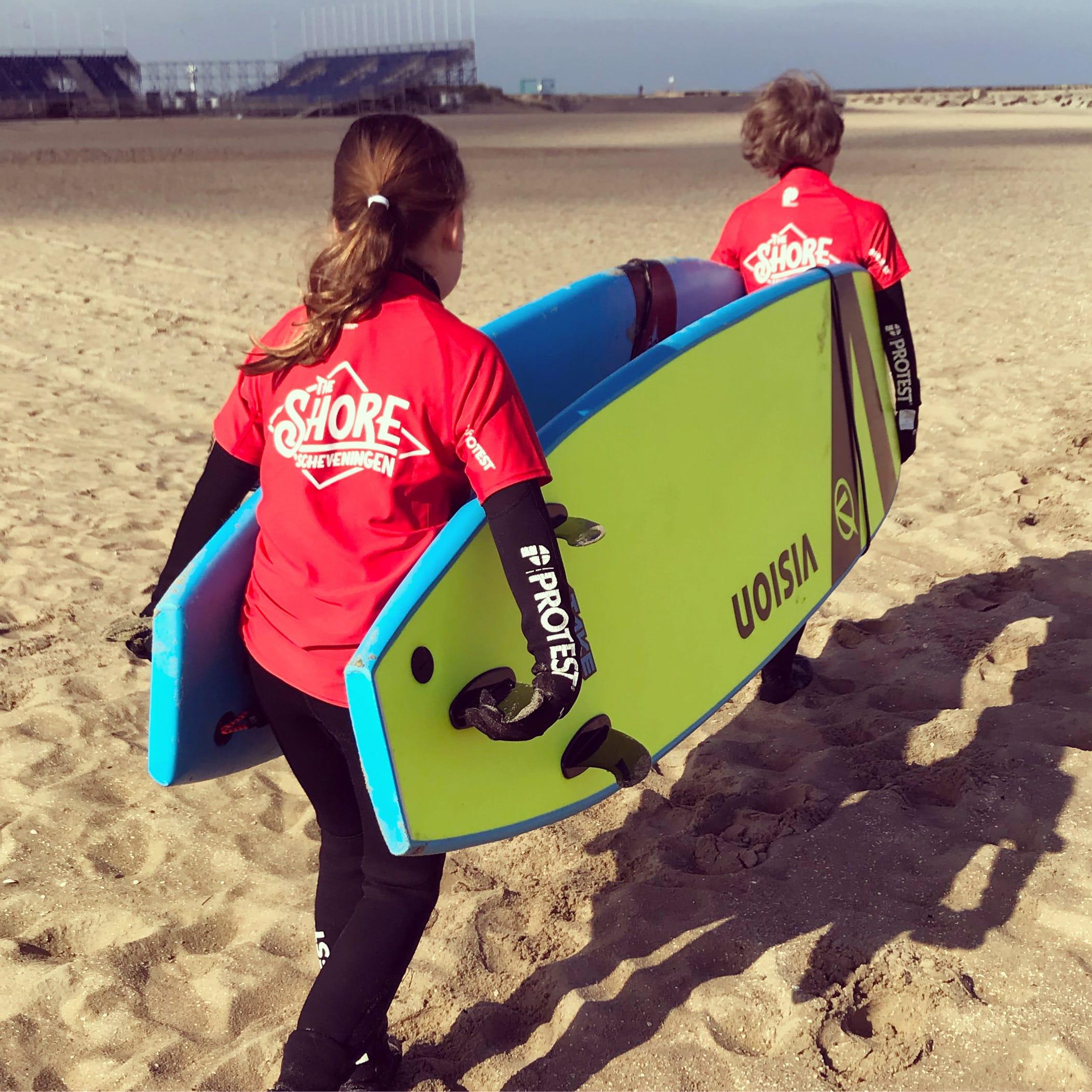 Action Academy (Surf kamp)